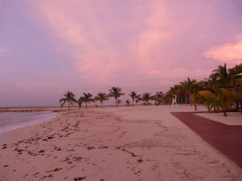 champoton-plage-ciel-rose