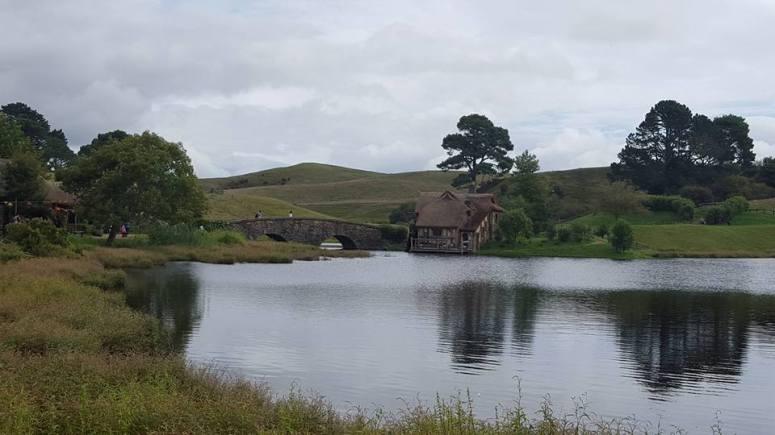 village-hobbit